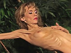 Exotic Blonde Strips And Shows Her Anorexic Body All Alone Sunporno Uncensored